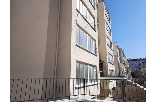 Продаем  видовую   квартиру на студгородке Вакуленчука . 3 этаж. АГВ - Квартиры в Севастополе