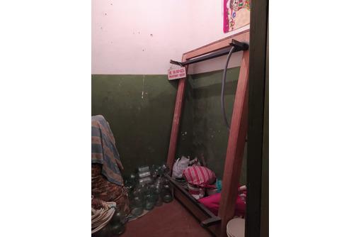 Продам комнату  с балконом по договору Купли - Продажи на Горпищенко - Комнаты в Севастополе