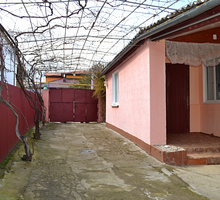 Продаётся дом с надворными постройками в посёлке Насыпное. - Дома в Феодосии