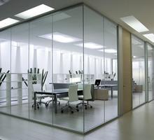 Офисные перегородки из стекла и пластика - Межкомнатные двери, перегородки в Алупке