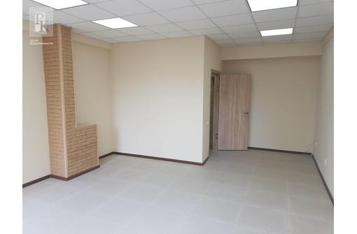 Помещение с ремонтом в новом доме на ПОРе, фото — «Реклама Севастополя»