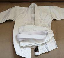 Кимоно для занятия каратэ или рукопашного боя - Спортклубы в Севастополе