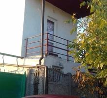 Продается в Симферополе,две квартиры на земле с участком около 2 соток. - Дома в Симферополе