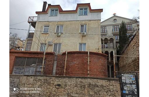 В продаже  к в центре Балаклавы на ул. Калича - Квартиры в Севастополе