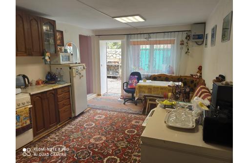 продам дом в Кизиловом, Байдарская долина, у самого озера - Дома в Севастополе