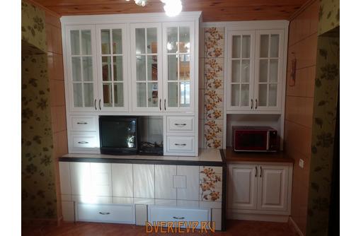 Деревянные окна, двери, лестницы, столы, фасады, кухни, мебель  в пгт. Черноморское – «ДВЕРИ МАССИВ» - Мебель на заказ в Черноморском