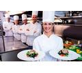 Требуются на сезонную работу в Керчи повар-кондитер, помощник повара, кухонный работник, продавец - Бары / рестораны / общепит в Керчи