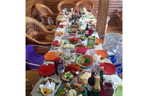 Требуется повар универсал на чебуречную на сезон - Бары / рестораны / общепит в Севастополе