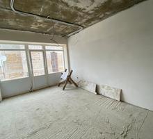 Продам 2х уровневую студийную квартиру по улице Репина в сданном доме - Квартиры в Севастополе