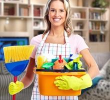Требуется специалист по уборке г.Евпатория - Рабочие специальности, производство в Евпатории