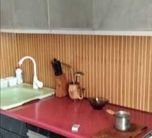 Продам  квартиру на 5/5 эт.дома г.Евпатория,пгт.Новоозёрное. Общая площадь 72 кв.м. - Квартиры в Евпатории