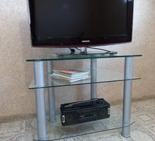 Стеклянная тумба для телевизора - Мебель для гостиной в Крыму