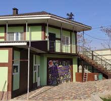 Сдам в районе ул.Лексина частный дом с общ.пл.110-м2! - Аренда домов, коттеджей в Симферополе
