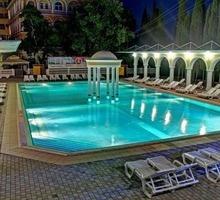 Парк-отель Марат приглашает на работу администратора корпуса - Гостиничный, туристический бизнес в Ялте