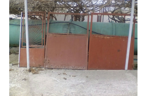 Продам ворота с калиткой б\у - Заборы, ворота в Феодосии
