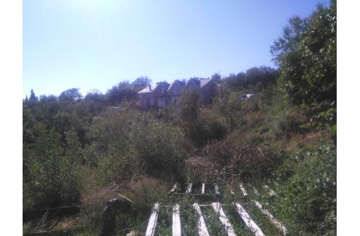 Участок 25 соток ижс дом 66 м2 - Участки в Алуште