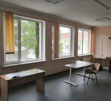 Сдается коммерческое помещение 52кв. м в центре ул. Щербака 2, первая линия - Сдам в Севастополе