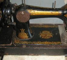 Продается рабочая ручная швеиная машина, подольская, коллекционная - Продажа в Севастополе