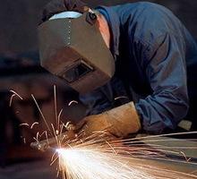 Предприятию на постоянную работу требуются газоэлектросварщики. - Строительство, архитектура в Симферополе
