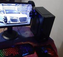 Игровой компьютер+Монитор /Intel i3-6100 RX 570 4gb - Настольные компьютеры в Симферополе