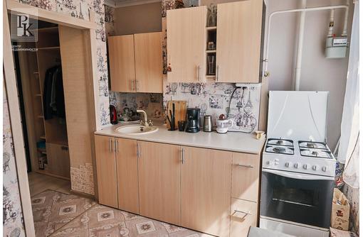 Продам 2-комнатную квартиру по адресу Комбрига Потапова 21 - Квартиры в Севастополе