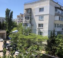 Трехкомнатная квартира на проспекте Генерала Острякова 163 - Квартиры в Севастополе