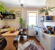 Продаётся уютная однокомнатная квартира на Косарева 25. - Комнаты в Севастополе