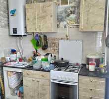 Продам просторную 3-х комнатную квартиру по адресу улица генерала Хрюкина,3 - Квартиры в Севастополе