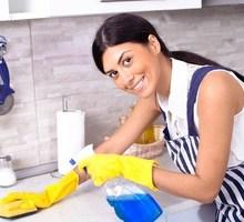 Требуется  домработница в загородный дом - Сервис и быт / домашний персонал в Крыму