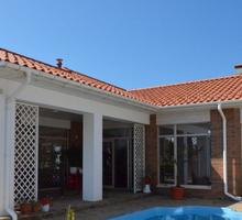 Продается дом 303м² на участке 8.2 соток - Дома в Севастополе
