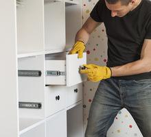 Мебельному магазину требуются сборщик мебели и грузчик - Рабочие специальности, производство в Севастополе