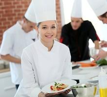 В ресторан в Балаклаве требуется повар-универсал. - Бары / рестораны / общепит в Севастополе