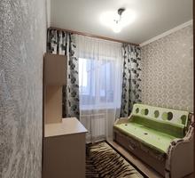 Сдам студентке комнату в квартире возле Куйбышевского Рынка! - Аренда комнат в Симферополе