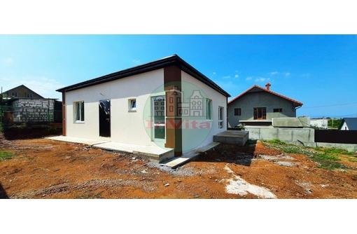 Продаю дом 100м² на участке 4.00 - Дома в Севастополе