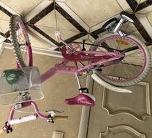 Продам красивый розовый детский велосипед недорого - Прочие детские товары в Ялте