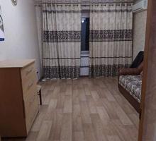 Комната в трёшке, 12кв м. - Аренда комнат в Севастополе