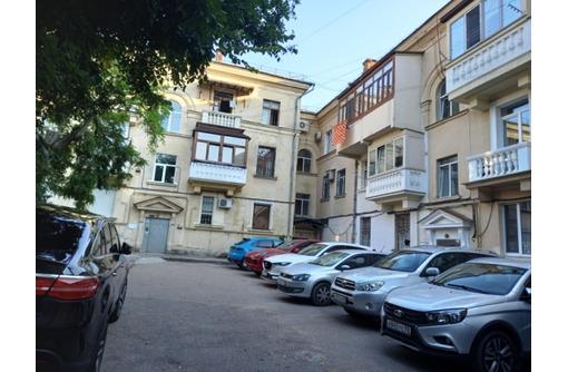 Продажа 3-х комнатной квартиры в центре Севастополя под коммерцию - Квартиры в Севастополе