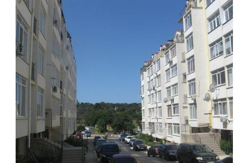 Продается квартира-новострой возле парка Учкуевка, ул. Челюскинцев - Квартиры в Севастополе