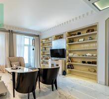 Продам 2-комнатную квартиру в центре города. С видом на Море. - Квартиры в Севастополе