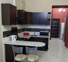 Продается 2-х комнатная квартира-студия в центре Севастополя - Квартиры в Севастополе