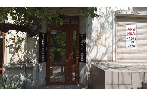 Сдается нежилое встроенное помещение 67 м.кв., ул Очаковцев, д.39 - Сдам в Севастополе