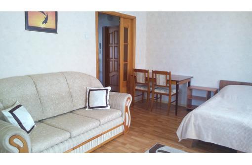 Сдам  посуточно 1 -комнатную с отличным ремонтом - Аренда квартир в Севастополе