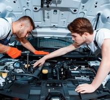 Требуется автослесарь  по ремонту ходовой г.Евпатория - Автосервис / водители в Крыму
