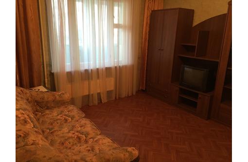 3-комнатная, Косарева-27, 5-микрорайон. - Аренда квартир в Севастополе