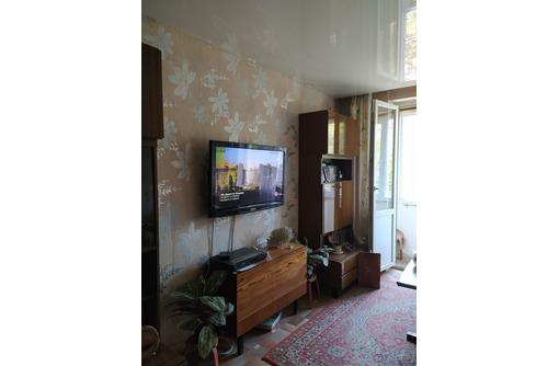 Продам 3-х комнатную квартиру на ул. Д. Ульянова. Рядом Херсонес. Море в шаговой доступности. - Квартиры в Севастополе
