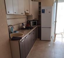 Продается 1-комнатная видовая квартира 43.9 м кв. на Античном пр-те, 20 - Квартиры в Севастополе
