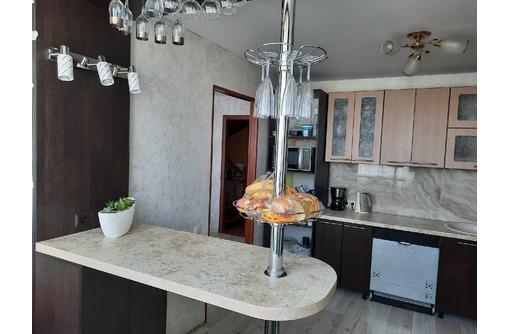 Продам крупногабаритную, двухуровневую квартиру с АГВ! 5 комнат . В Стрелке! - Квартиры в Севастополе