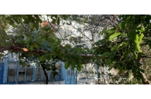 Участок 4 сотки(все коммуникации) с домом в центре Алушты - Участки в Алуште