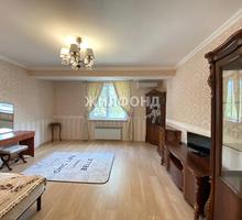 Продаю 2-к квартиру 82.60м² 1/10 этаж - Квартиры в Симферополе
