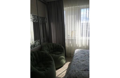 Видовая трехкомнатная в новом доме в центре - Квартиры в Севастополе